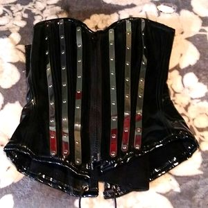 Vinyl corset with stainless steal ribbing